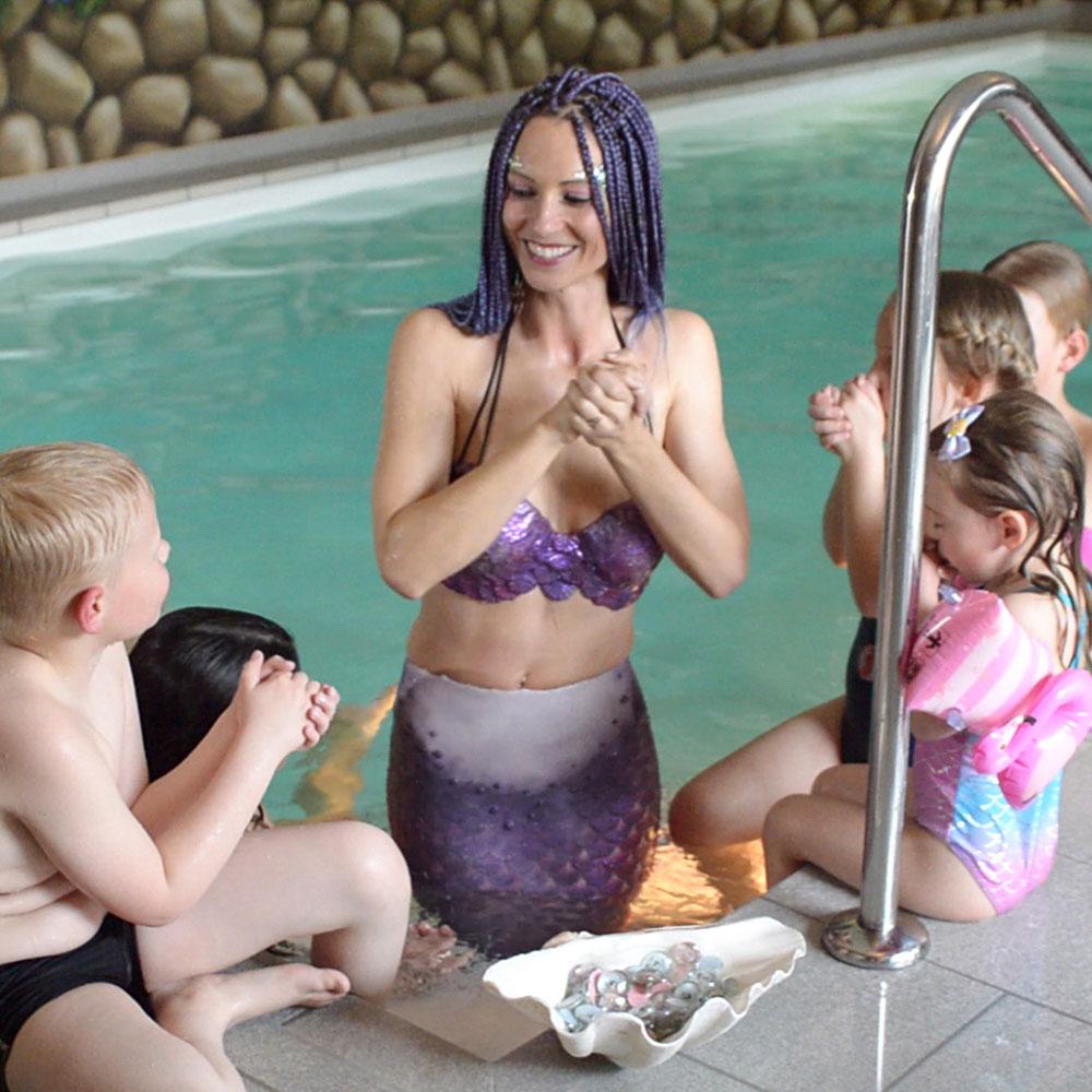 Kindergeburtstag - Mit einer Meerjungfrau schwimmen